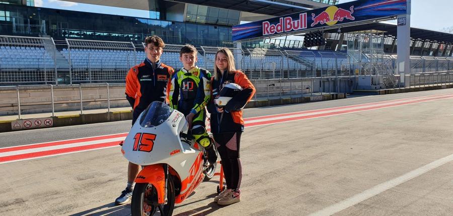 Maxi, Julius, Helena - Helena und Julius Racing Team - HJRT
